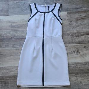 Sleeveless,open back dress